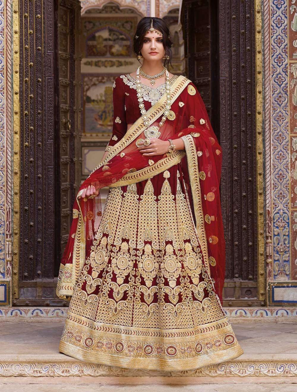 Sabyasachi's bridal wear collection source: wedmegood